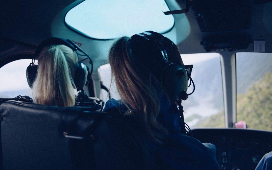 Une conversation avec la première femme instructrice pilote d'hélicoptère au Canada