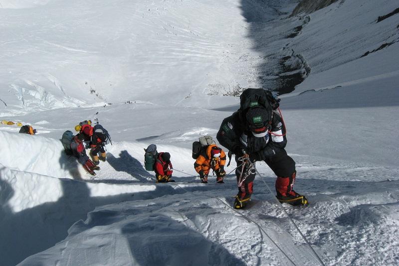 Graviter autour de ce qui nos effraire : Courtney Reardon et son expédition sue Everest