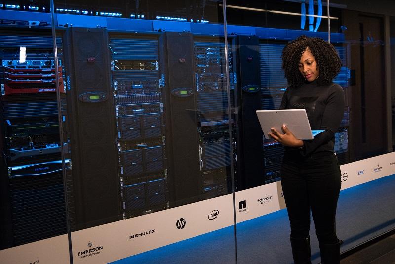 Faire avancer les choses pour les femmes dans le secteur des technologies